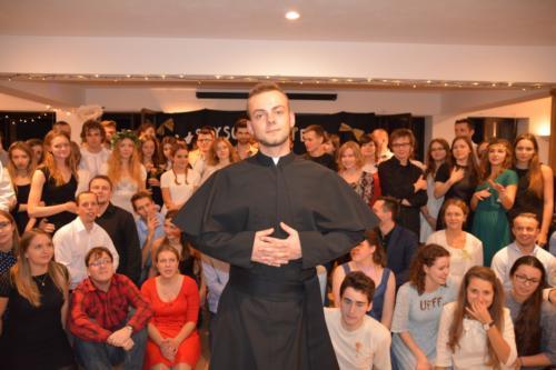 Wszyscy Święci balują w StUdni niebiańska impreza w DA