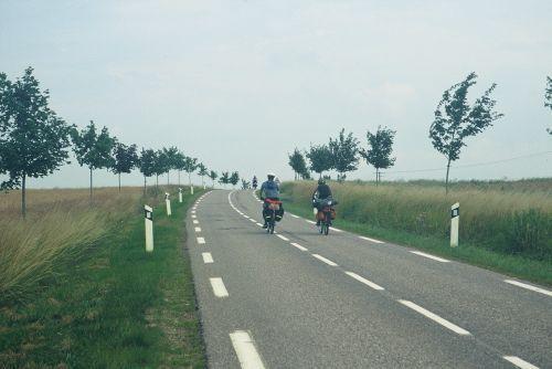 F1010019